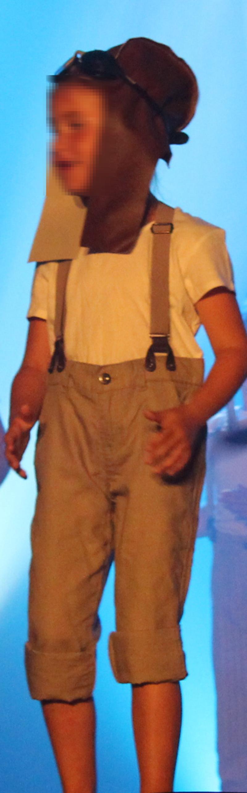 pantalon taupe à chevrons et bretelles